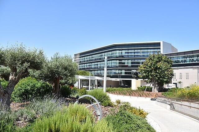 ejemplo edificio sostenible españa